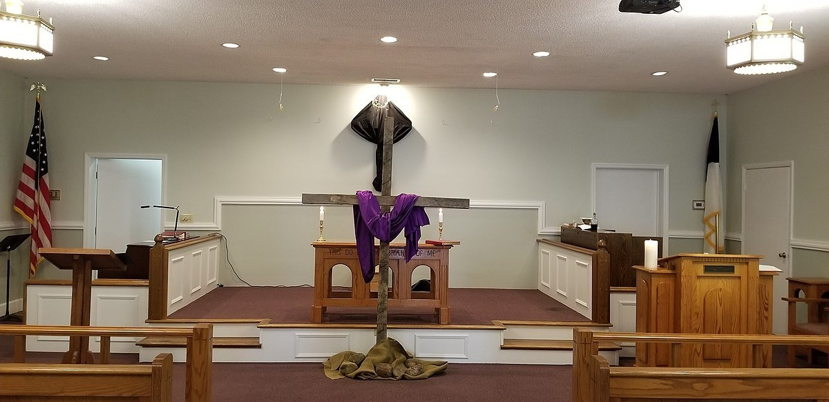 Stripping Of The Altar - Wikipedia within Methodist Altar Paraments Color Changes